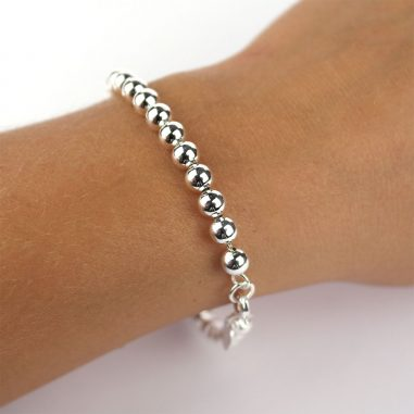 perlenarmband silber arm