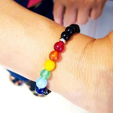 sieben chakra perlenarmband