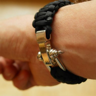 maenner-survival survival armband schwarz schäkel